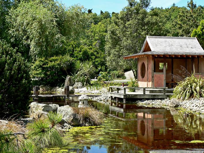 Miyazu Garden, original photo – Nelson, 2011.