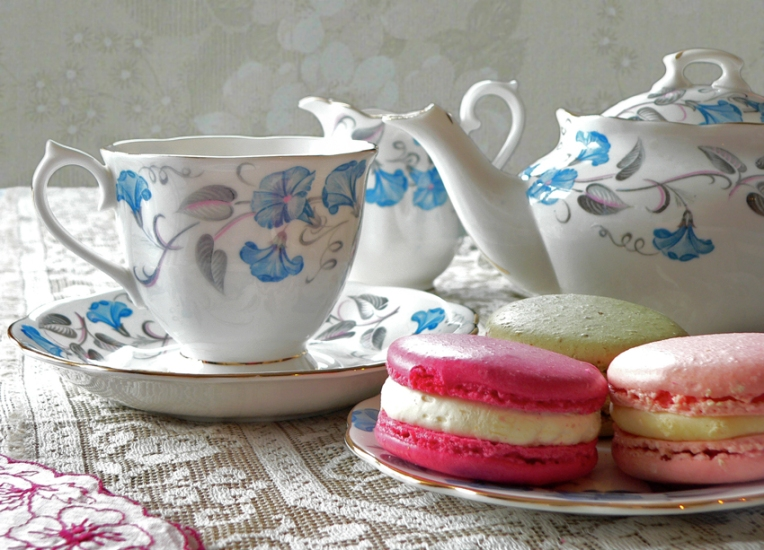 Anna Cull tea and macarons