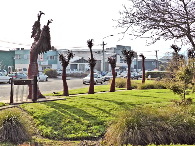 Disraeli Street sculpture by Ian Lamont, Christchurch, 2014